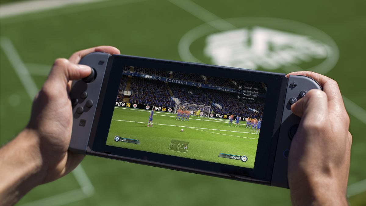 FIFA18_Switch_handheld_WM