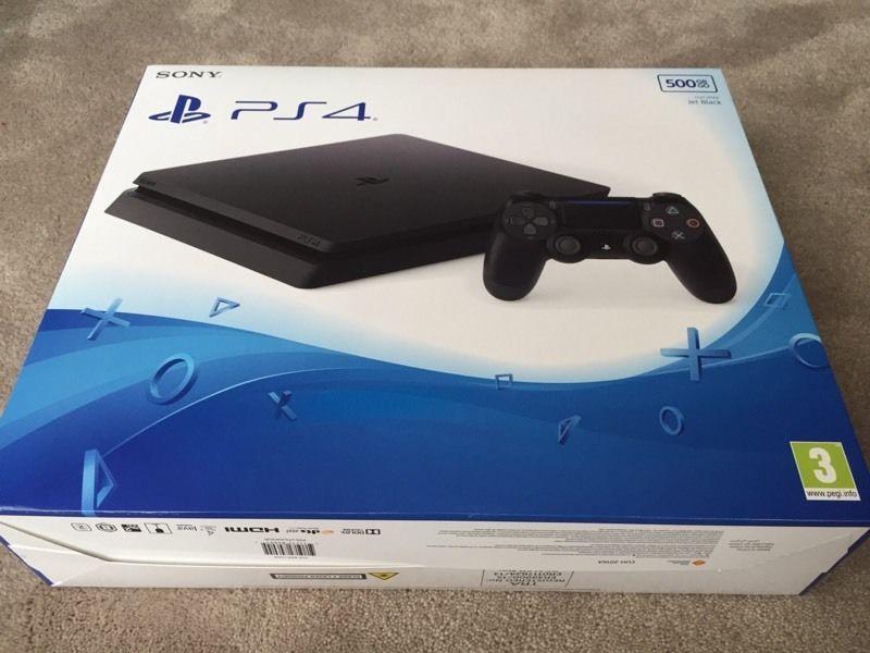PS4 Slim (11)