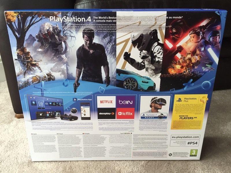 PS4 Slim (9)